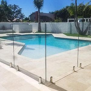 Outdoor-Villa-Garden-Veranda-Terasse-Railing-Balustrade-Balcony-Frameless-Glass-Swimming-P