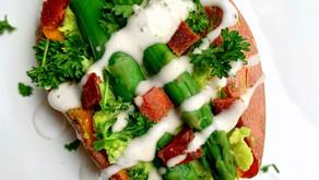 Sweet Potato Stuffed with Smashed Avocado, Asparagus and Vegan Bacon | Vegan Recipes