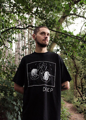 'DEEP' T-shirt in Black