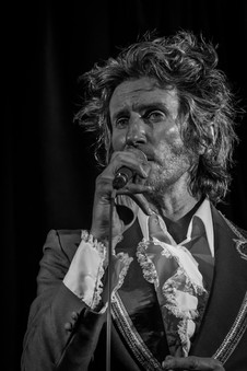 Tim Rogers at the Flying Saucer 15/05/2017