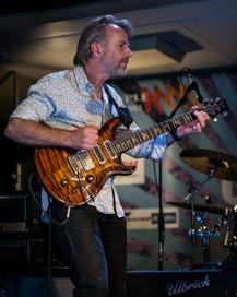 Geoff Achison at the Melbourne Guitar Show 5/08/2017