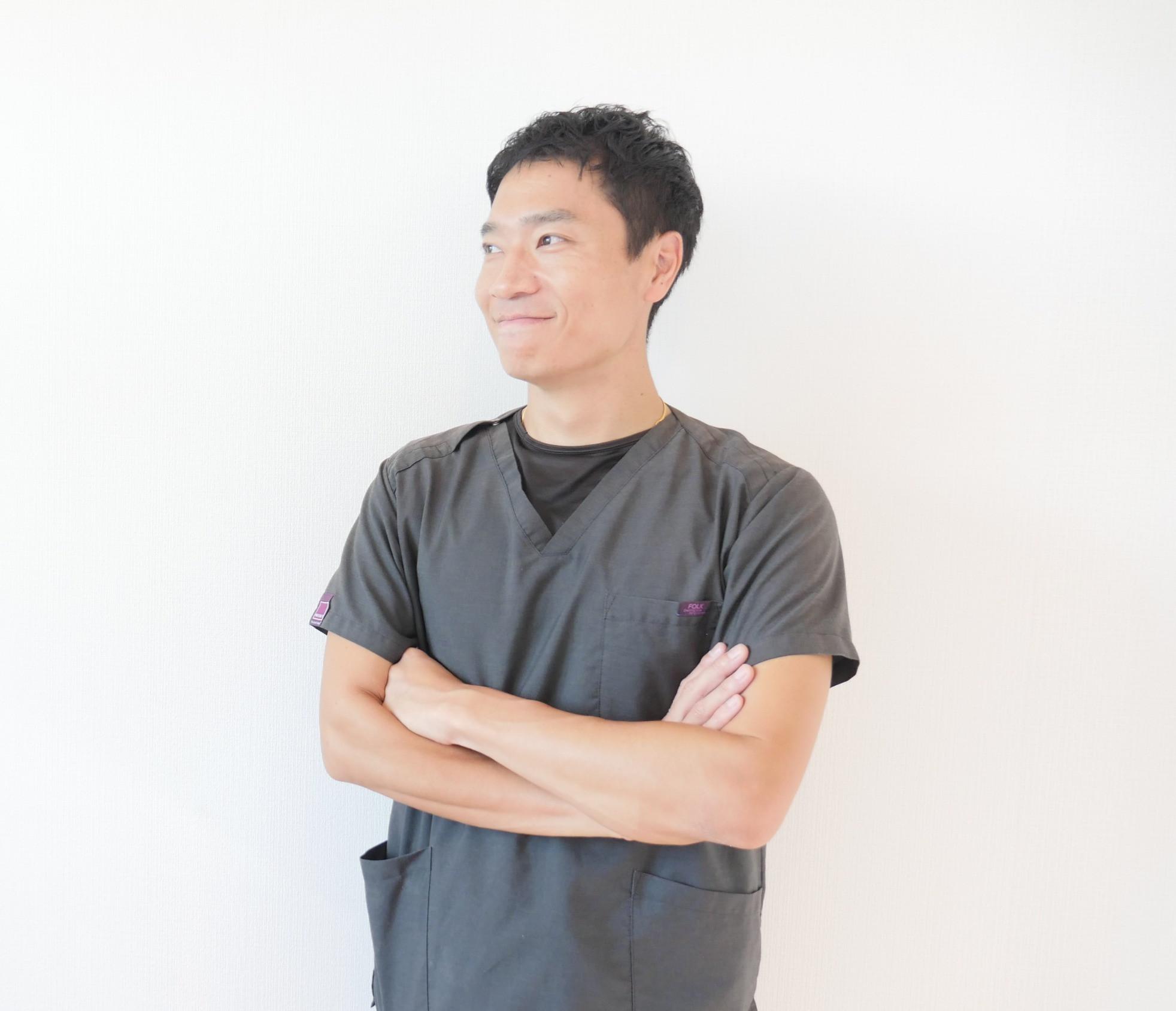 庭野院長の初診 / 再診カイロ|First & Return Visit