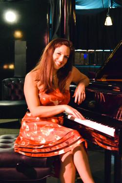 Katrina Noela @piano