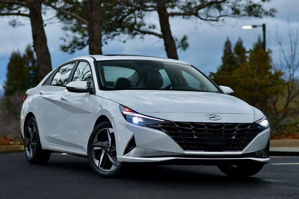 2021 Hyundai Elantra Limited Review | The Road Beat