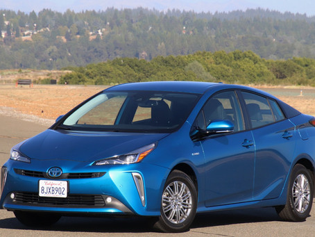 Review: Toyota Prius XLE AWD-e