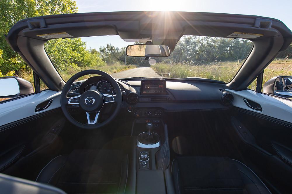 2021 Mazda miata interior