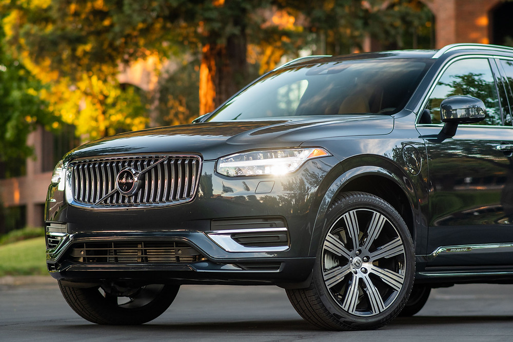2021 Volvo XC90 Inscription Review | The Road Beat