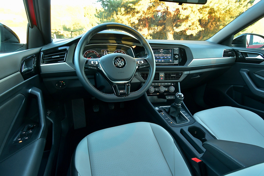 2020 volkswagen jetta r-line interior | the road beat
