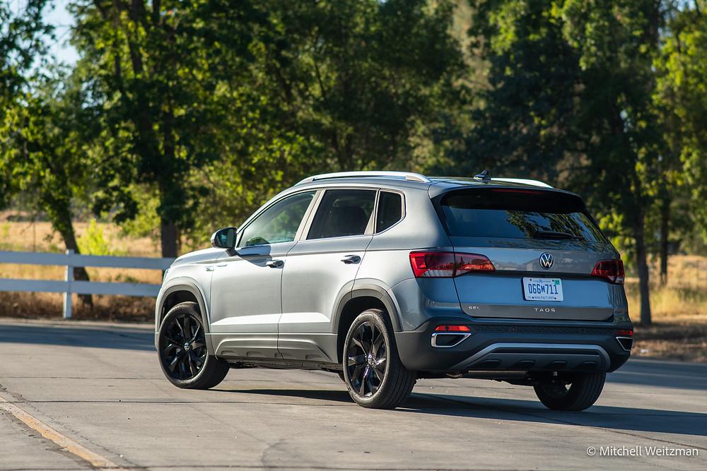 2022 Volkswagen Taos SEL Review | The Road Beat