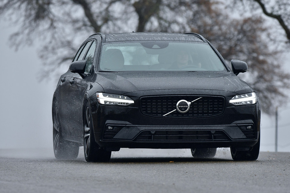 2021 volvo v90 t6 review   the road beat