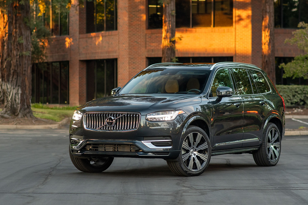 2021 Volvo XC90 T8 Review | The Road Beat