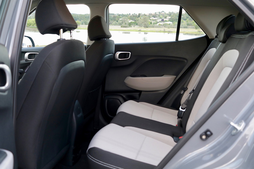2020 hyundai venue sel rear seat