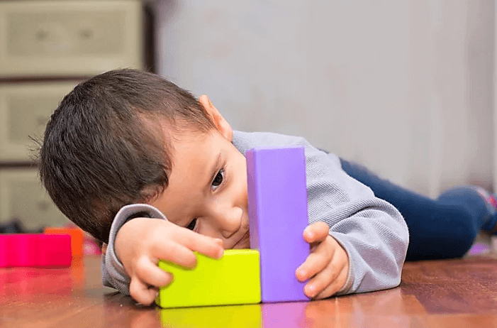 Autism diagnosis in child