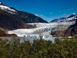 mendenhall-glacier-1620946_1920-300x225.jpg