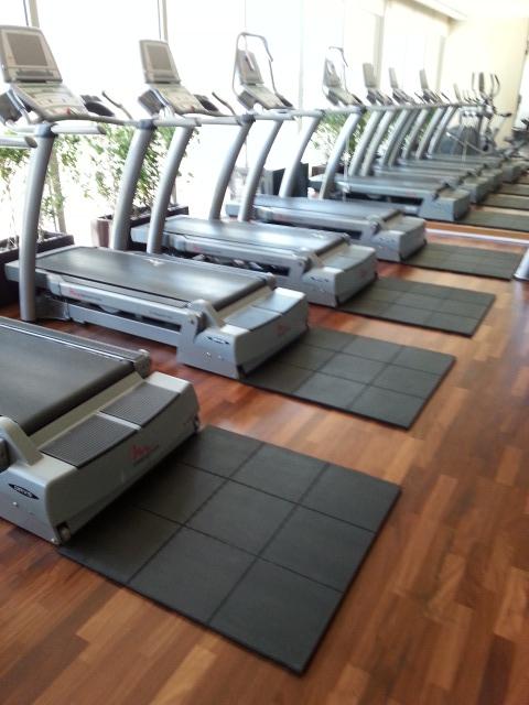 Interlockable Solid Top Gym
