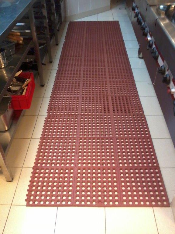 Grease Proof Interlock Rubber Mat