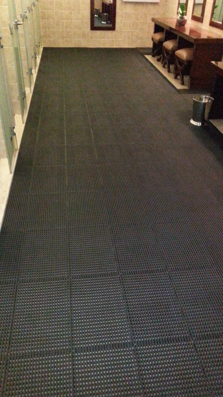 Solid Top Rubber Mat