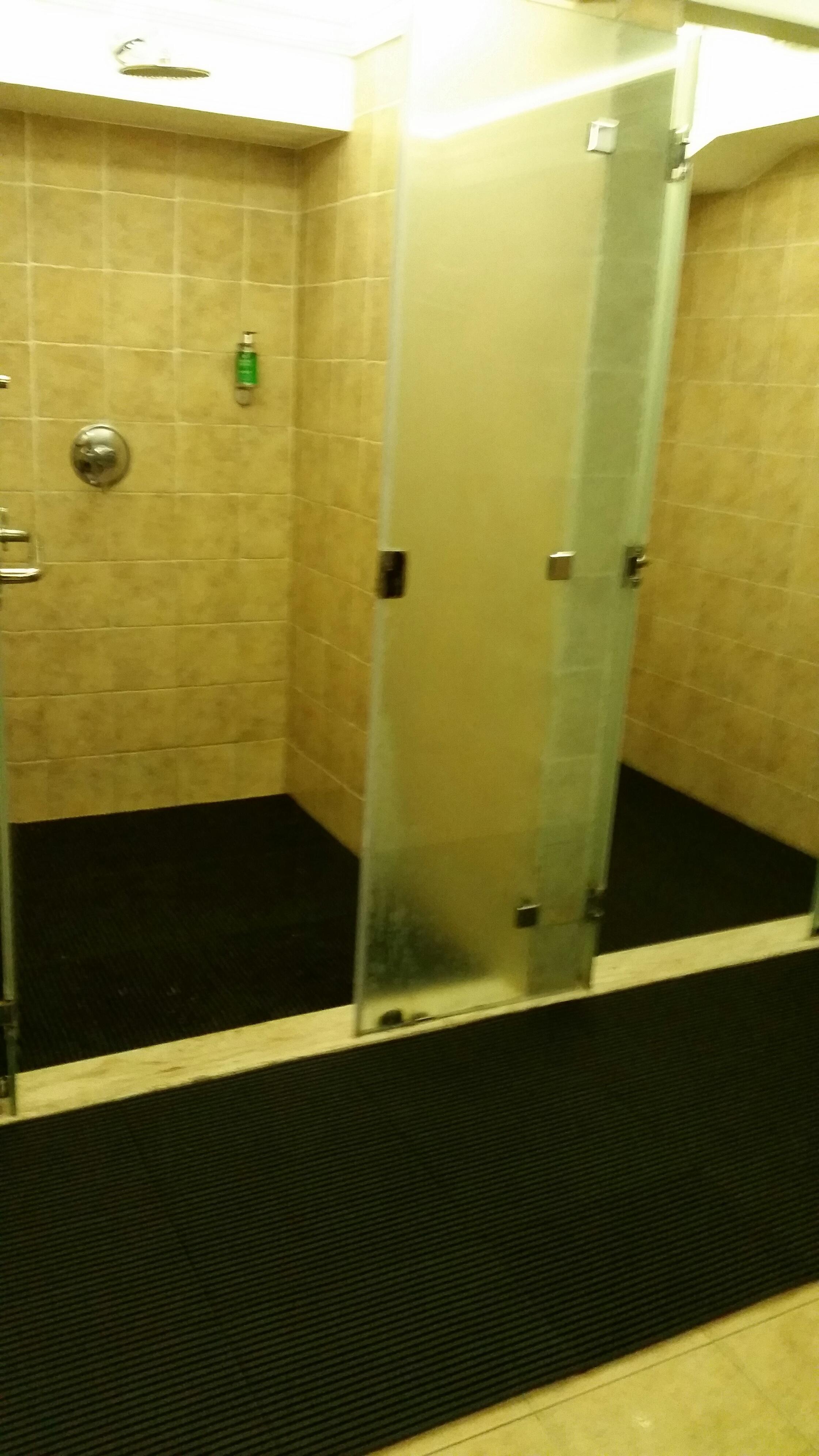 Debris Trap Mat - ideal for showers