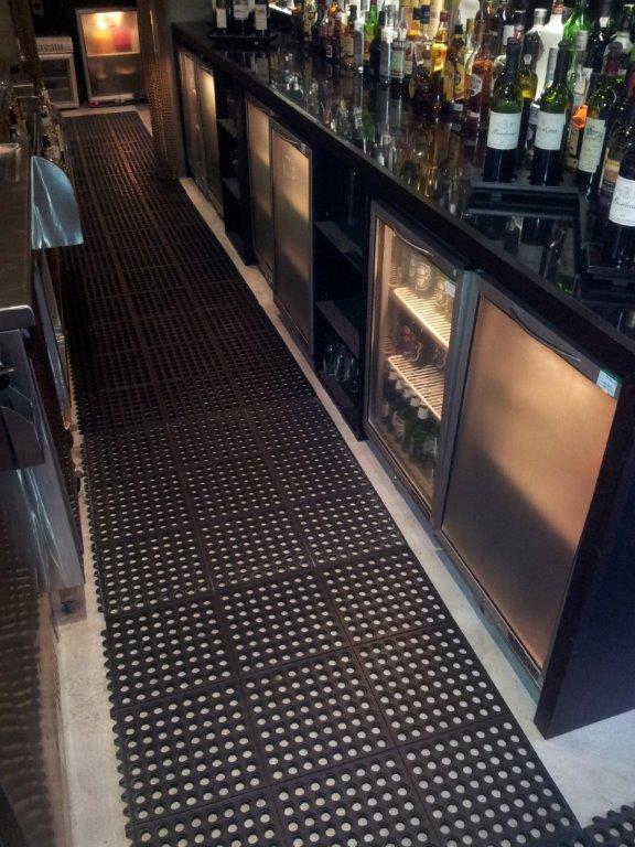 Interlockable Restaurant Mat