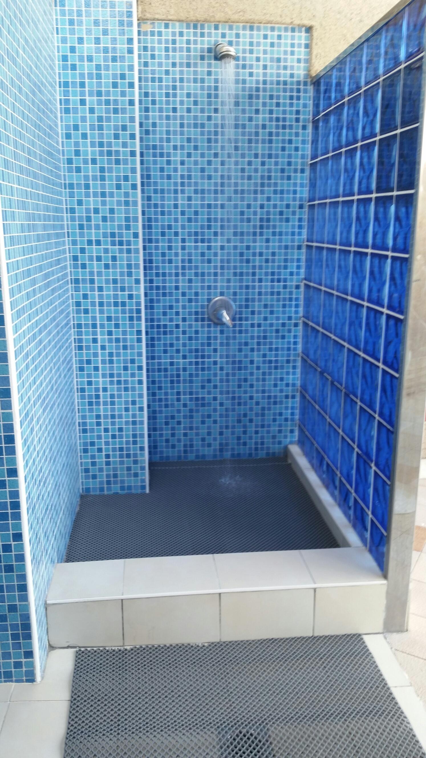 Wetstar ideal for outside shower