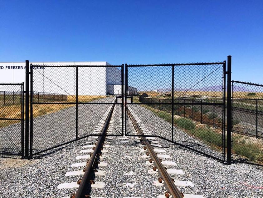 Commerical Black Gate