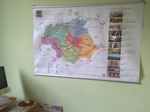 Une carte touristique grand format pour vos lieux d'accueil