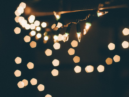 Three Tips for Hanging your Holiday Lights