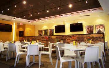 Te Con Te Dining Area