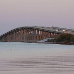 Pineda Causeway Bridge dedicated to a Rakkasan