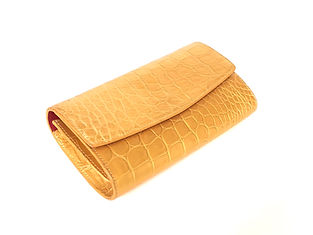MISSION_CLUTCH_IN_GOLD_METALLIC_FINISH_#