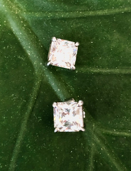 square shape cz on sterling silver stud #CUV15BER200
