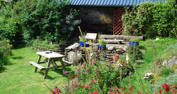 lower_garden_alma_house