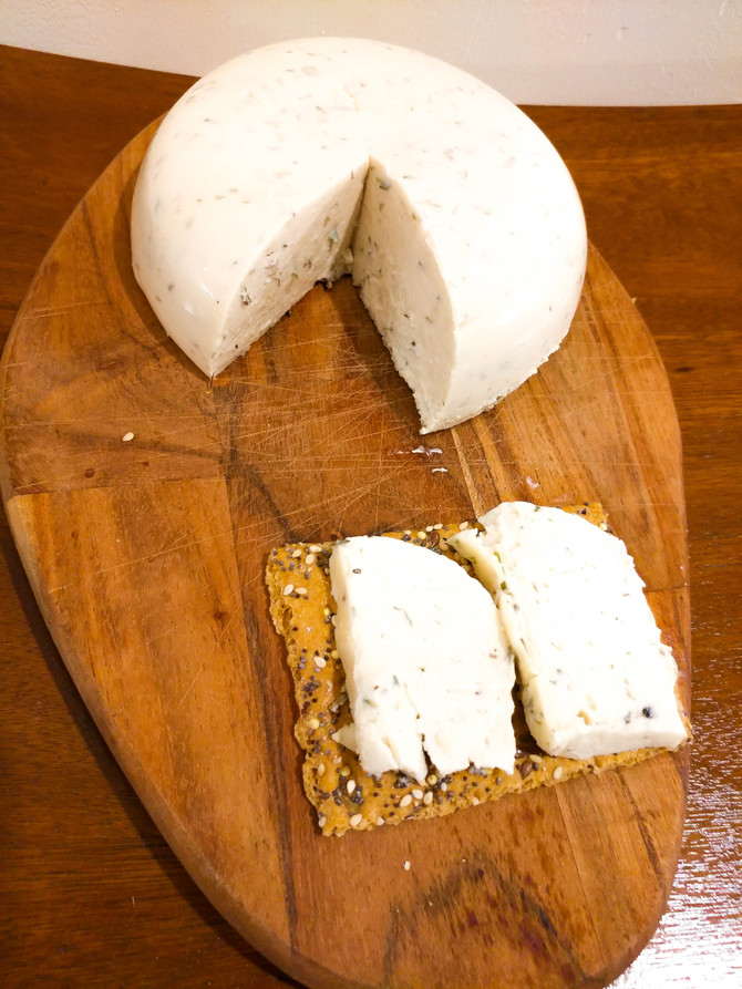 Herbal Cashew cheeses