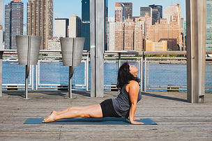 lizbeth-yoga-fsuarezphoto-1_orig.jpg