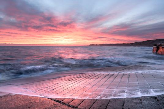 Sunrise, Sandsend, North Yorkshire.jpg