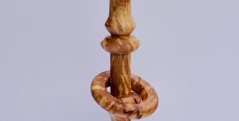 Alder captive ring amulet