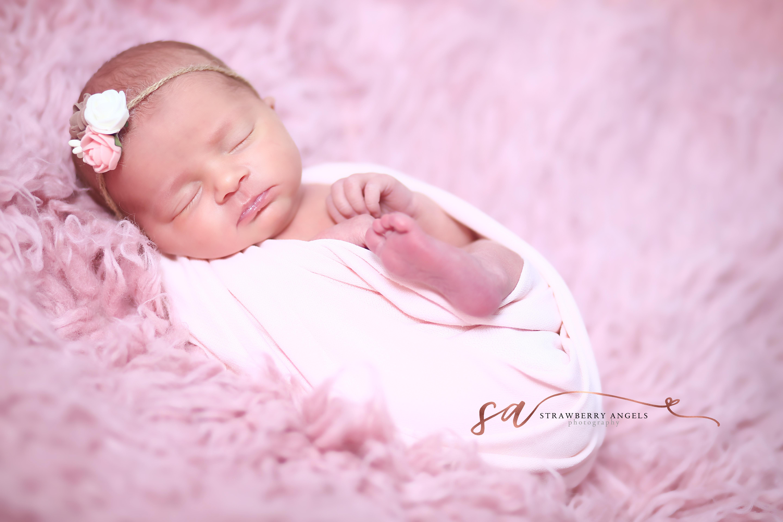Newborn Photoshoot Platinum