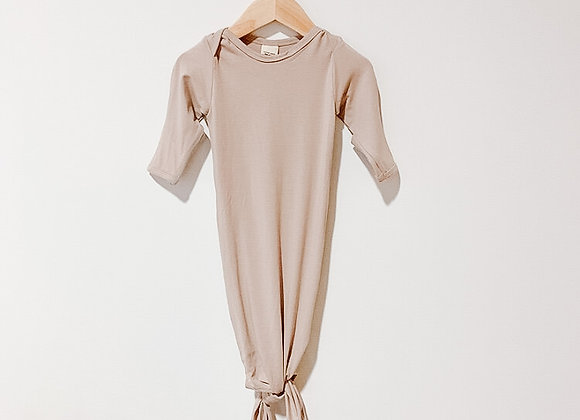 Mother.Lifestyle Knotted Sleeper - Sand