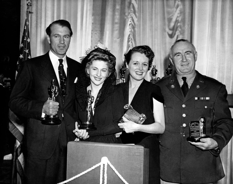 Gary Cooper, Joan Fontaine, Mary Astor and Donald Crisp