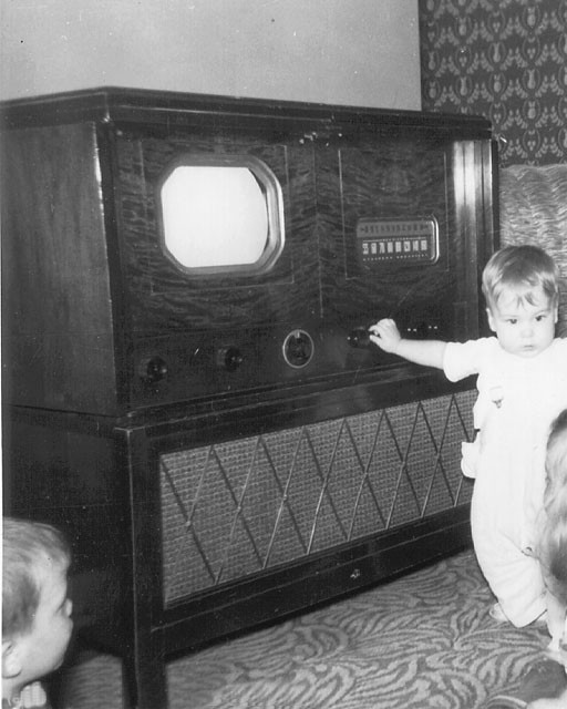 first-tv-set1.jpg