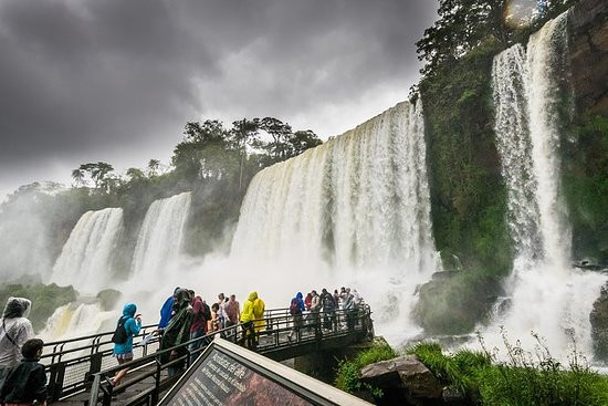full-day-tour-to-iguazu.jpg