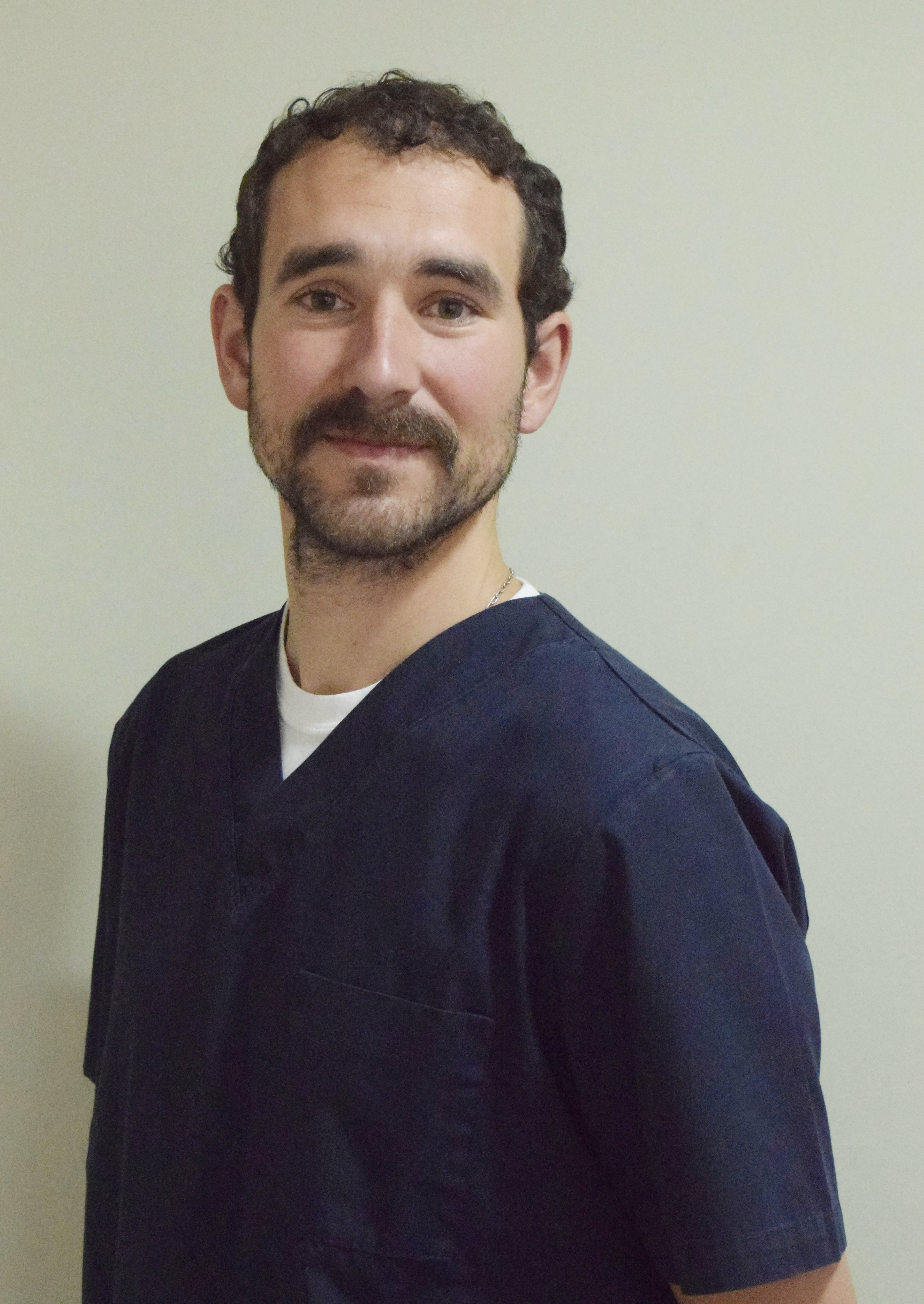 DR MAXIMILIANO OLGUIN