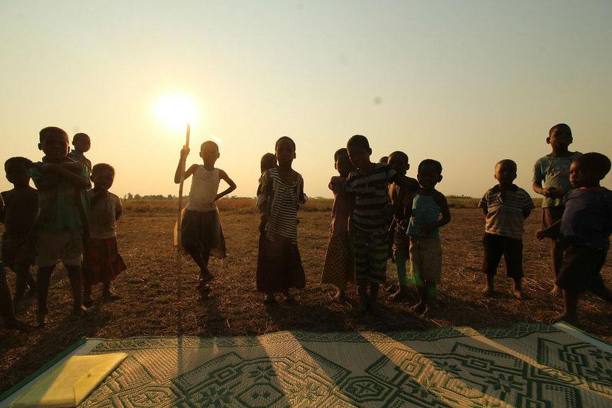 sunset_kids.jpg