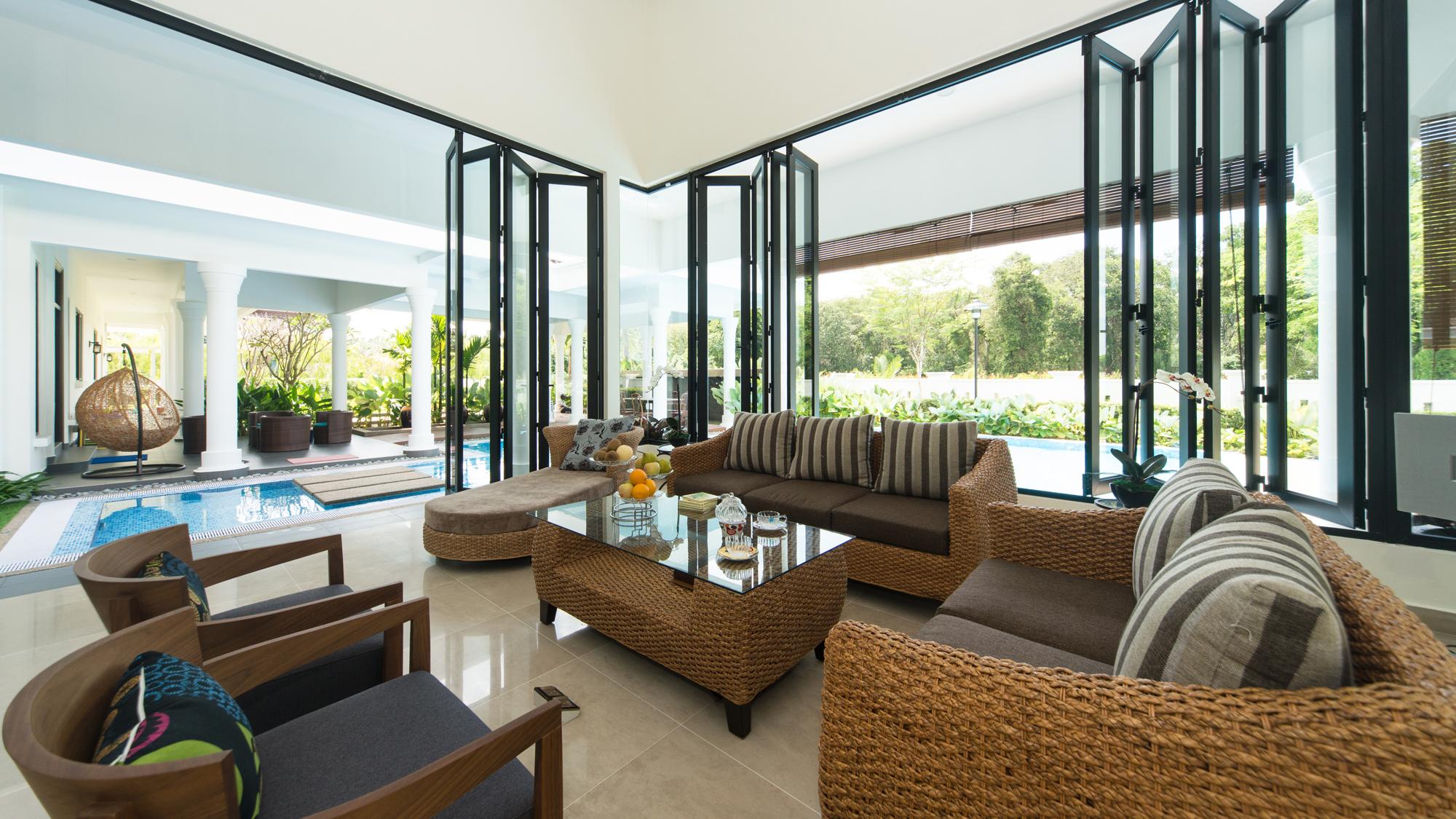 Villa Overseas