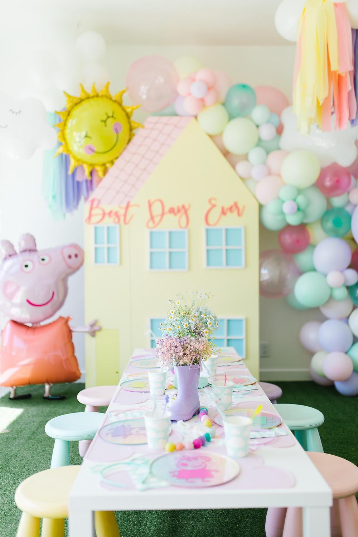 Peppa Pig party Peppa Pig Birthday Peppa Pig favour Peppa Pig decor Peppa Pig Cake Peppa Pig DIY Peppa Pig balloons Peppa Pig table decor