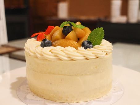 米粉のデコレーションケーキ