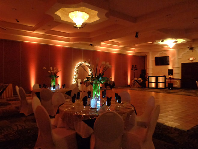 Up Lighting at a wedding, Brett Brisbois Events, Florida DJ Entertainment, Cocoa Convention Center