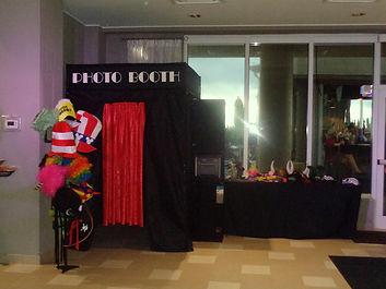 Photo Booth services Melbourne Florida, Hilton Melbourne Beach Oceanfront, DJ Brett Brisbois