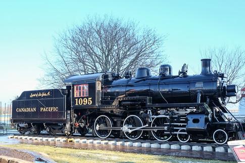 steam-engine_ontario-away.jpg