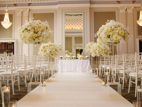 Why You Should Pick Silk Flowers Over Fresh Ones For Your Event
